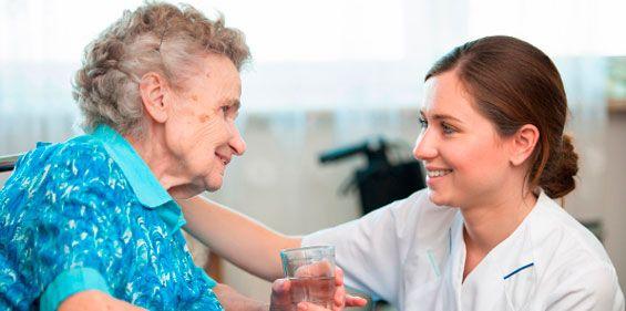 Servicios domésticos para el cuidado de enfermos a domicilio